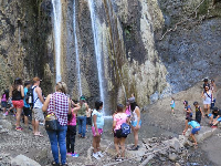 A busy Sunday in March at Nojoqui Falls.