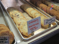 Cookies at Sun-N-Buns Bakery.