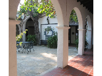 Spanish arches and a pretty courtyard at the Santa Barbara Natural History Museum.