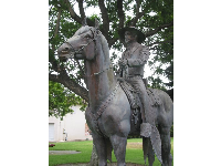 Statue of Adolfo Camarillo on his horse, in Dizdar Park.