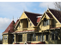 Winchester Mystery House in the early morning.