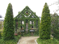 House made of vines at the Children's Garden.