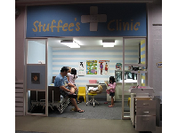 Be a doctor or nurse in Stuffee's Clinic.
