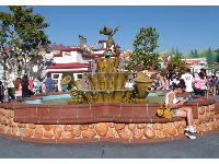 Mickey fountain in the middle of Toontown.