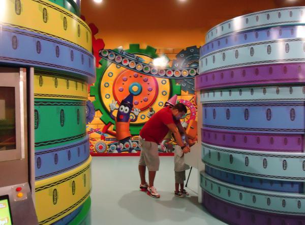 crayola experience the florida mall fun maps
