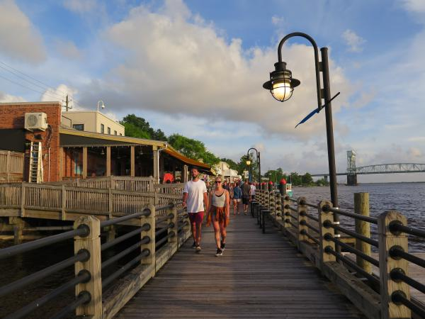 Riverwalk restaurants, Wilmington, North Carolina NC