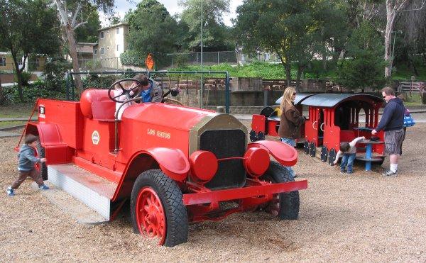 Oak meadow park train hours