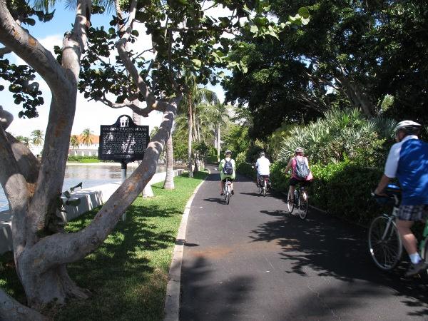 S Lake Trail Palm Beach Fl