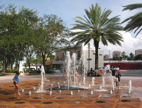 West palm beach waterfront for The fountains palm beach gardens