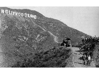 Did you know the Hollywood sign used to say Hollywoodland? Photo from waterandpower.org
