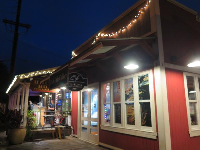 Haleiwa is cute at night.
