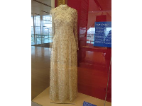 Hillary Clinton had this dress designed for the 1997 Presidential Gala and 14 Inaugural balls all attended in one night!