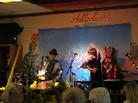 Live music at Hollerbach's.