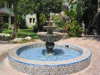 In the mission's inner courtyard there are gorgeous gardens.