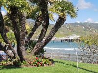 Malibu pier as seen from the green lawn- isn't this place bliss?