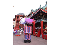 Isn't this beautiful? Umbrellas in China, at Epcot.