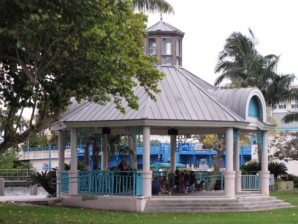 Atlantic Ave Delray Beach Town